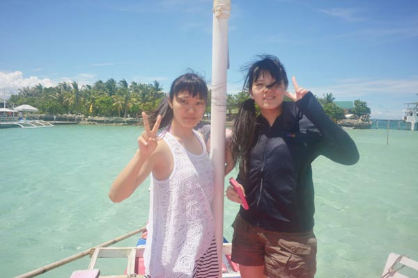 a must have activity island hopping when you come to cebu